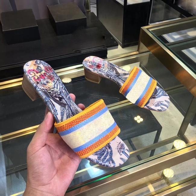 Dazzle Fleurs femmes Sandales Designer Chaussons Tongs Striped plage Chaussures causales 5CM Hauts talons broderie Sandal Floral Brocade Slipper