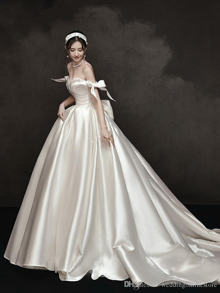 2020 خمر الحرير ألف خط فساتين زفاف BOWKNOT V العنق الأنيقة قبالة الكتف الدانتيل احتياطي القوس ثوب الزفاف