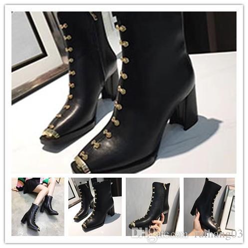 Новые модные кожаные женские кожаные сапоги на высоком каблуке для осени / зимы 2020 года: квадратные ботинки Martin с толстым каблуком и чистым 1q100
