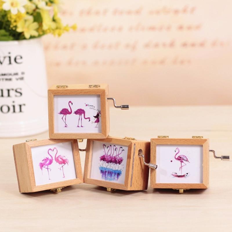 Di colore rosa creativo del regalo della ragazza Cuore Retro mano di Music Box di legno di legno Coppia Dropshipping Music Box regalo Studente