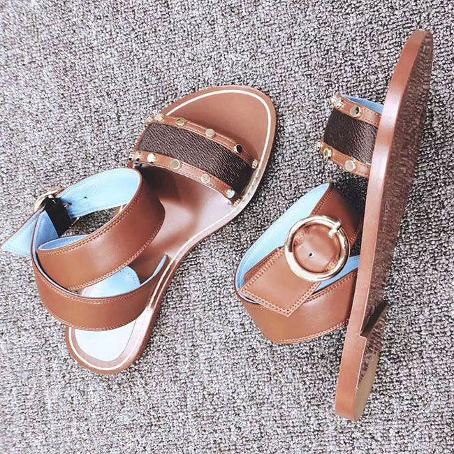 2019 fashion Newest Women Print Leather Sandal Striking Gladiator Style Designer Leather Outsole Perfect Flat Canvas Plain Sandal Size35-41