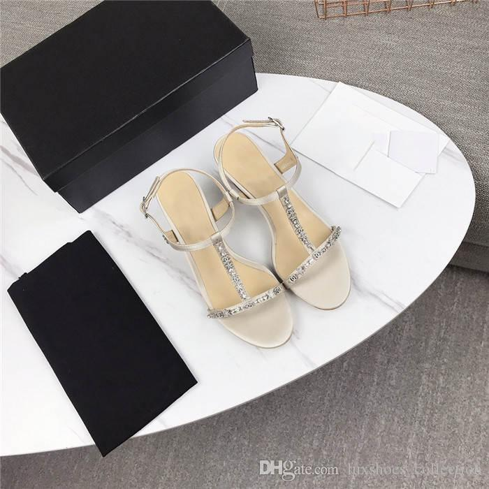 I nuovi tacchi alti con la testa quadrata e punta sono realizzati in tessuto in pelle importati in pelle suola sandali tacco alto