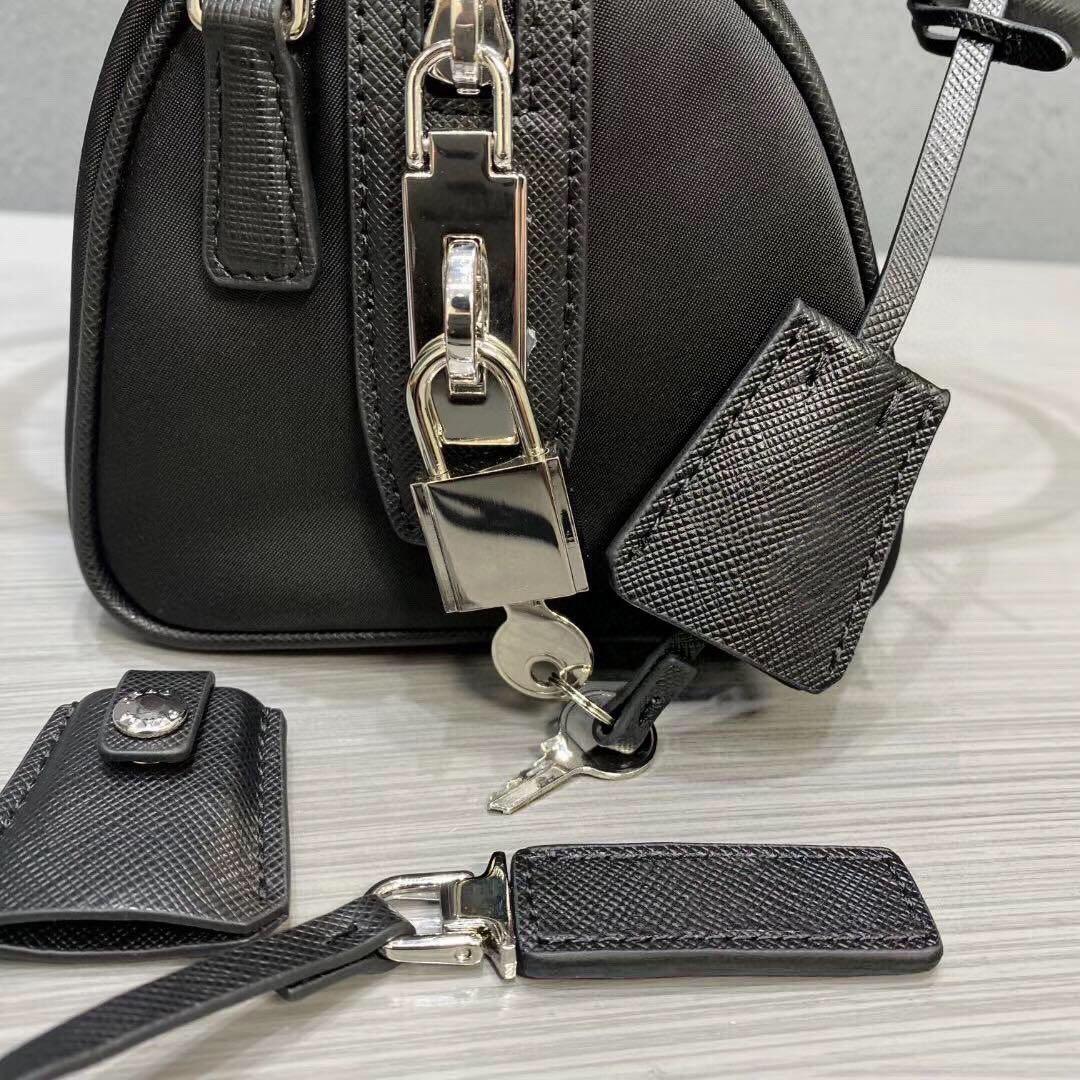 Сумки бостонские сумки из трех частей Пресбиопская леди сумка для плеча кошелька мессенджера женщина сумки сумки кошелька тотальные женщины холст набор WCJHG