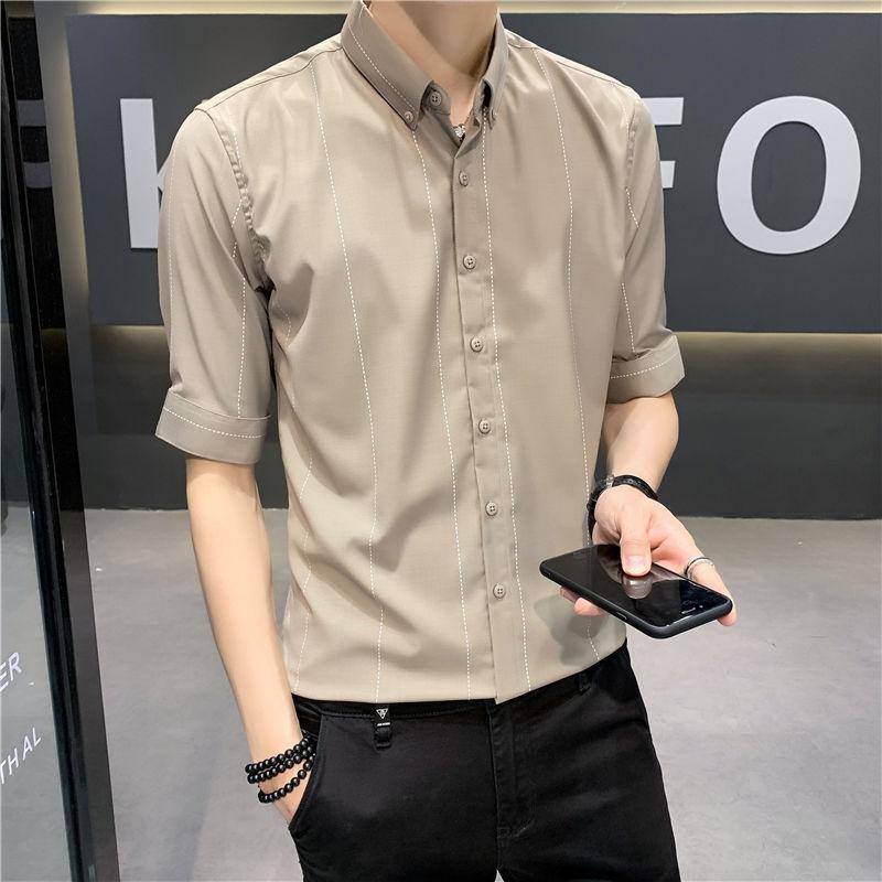 2020 été nouvelle jeunesse populaire Couleur Solid Slim simple boutonnage Cinq points Chemise à manches Fashion style décontracté britannique M-shirt 3XL