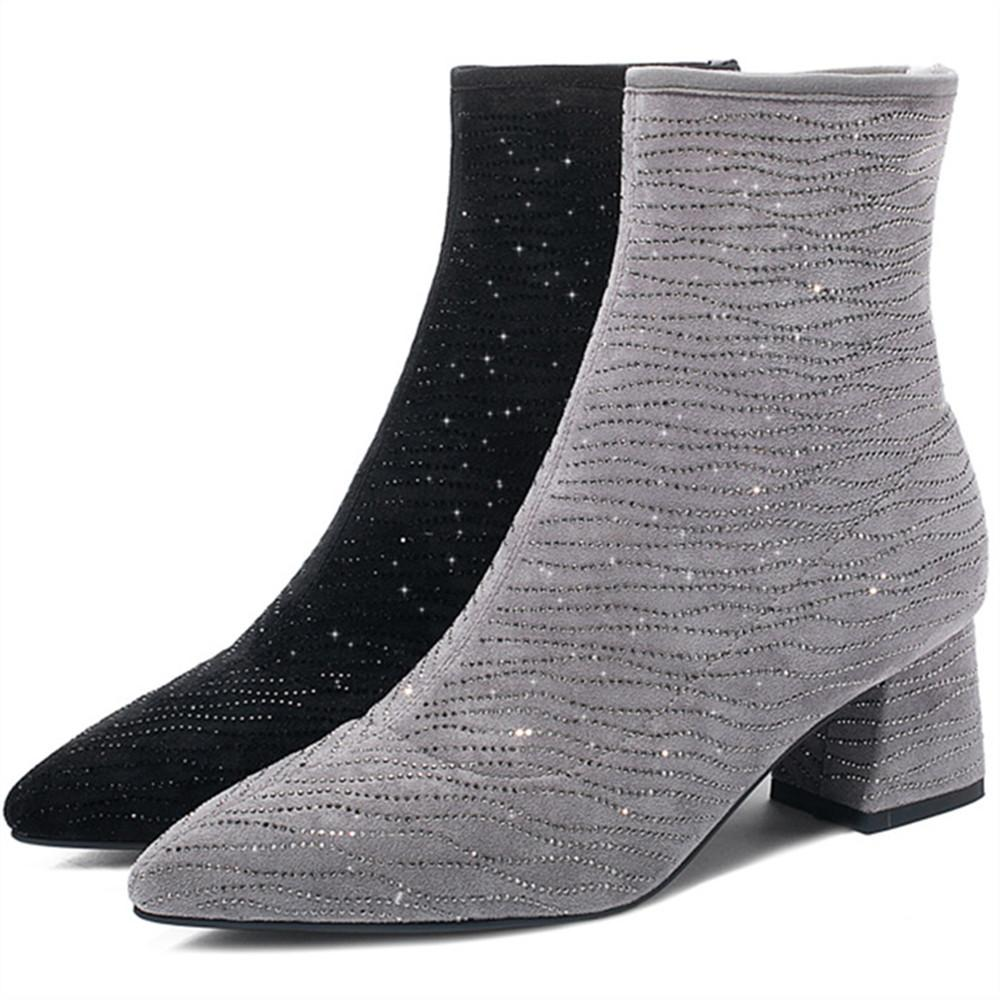 Tacchi di vendita calda donne stivaletti Spesso media cinque centimetri di cristallo 2019 femminile Inverno Formato dei pattini 33-43 nero a punta