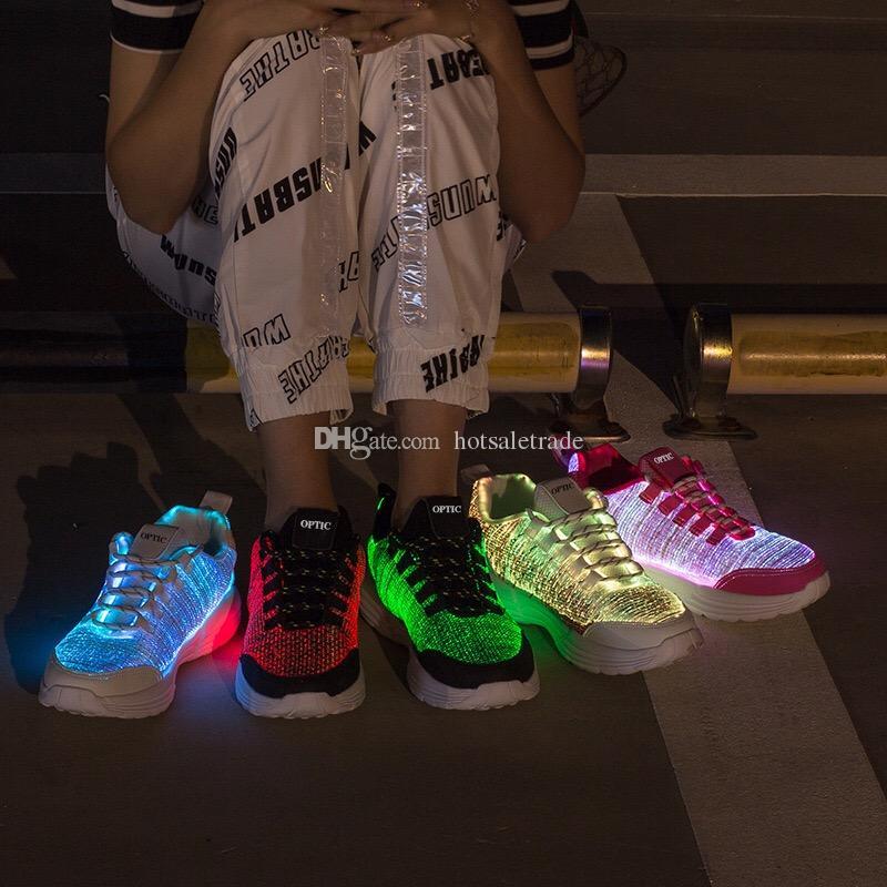 LED Esecuzione scarpa di scarpe luminoso Uomini donne che gestiscono Elegante Scarpe Outdoor economici