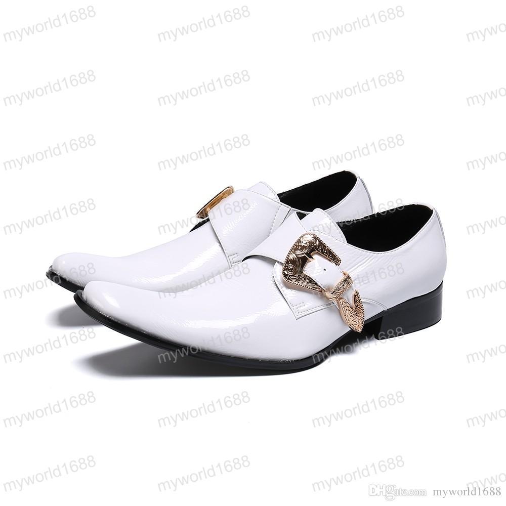Moda Masculina Sapatos de Couro Branco Personalidade Única Sapatos de Negócios Casuais Mens Verão Respirável Fivela Oxfords
