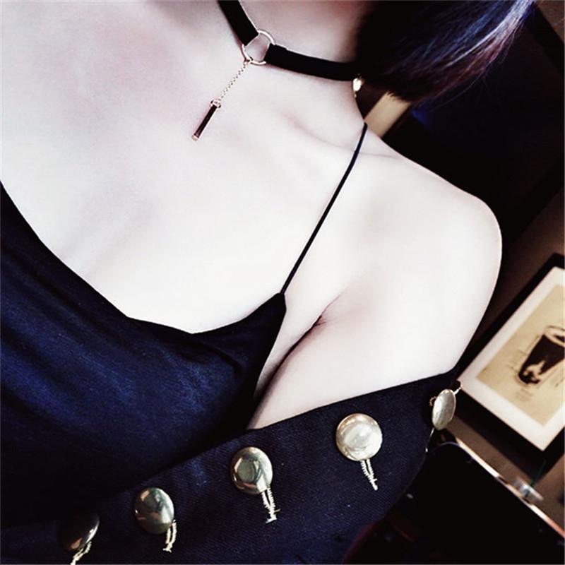 Collane con ciondolo in oro per donna Collane con ciondolo semplice Ciondoli in pelle nera Collane in catena trendy