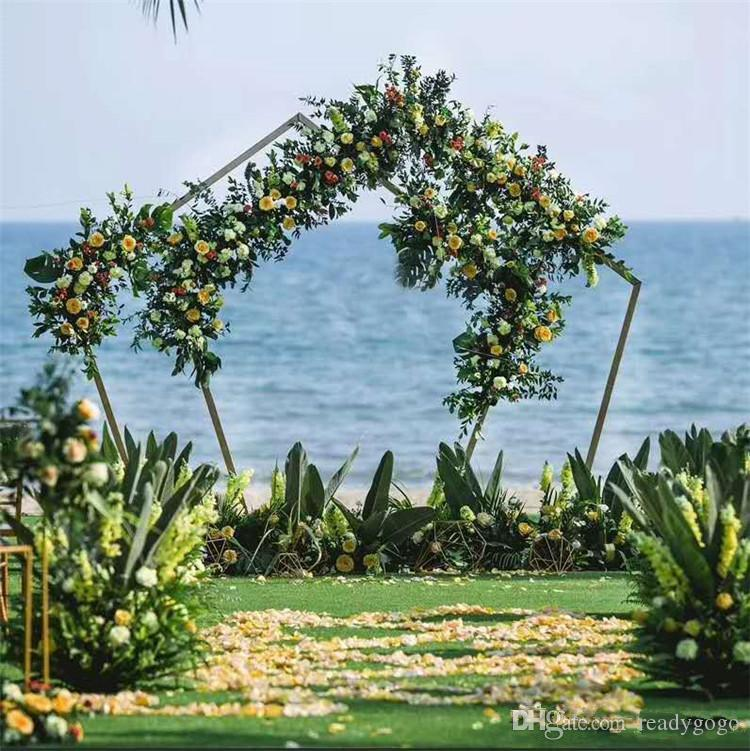 2020 Wedding Wrought Iron Backdrop Stand Geometry Pentagon Road Lead gold Metal Arch Flowers Shelf For Wedding Party Decoration