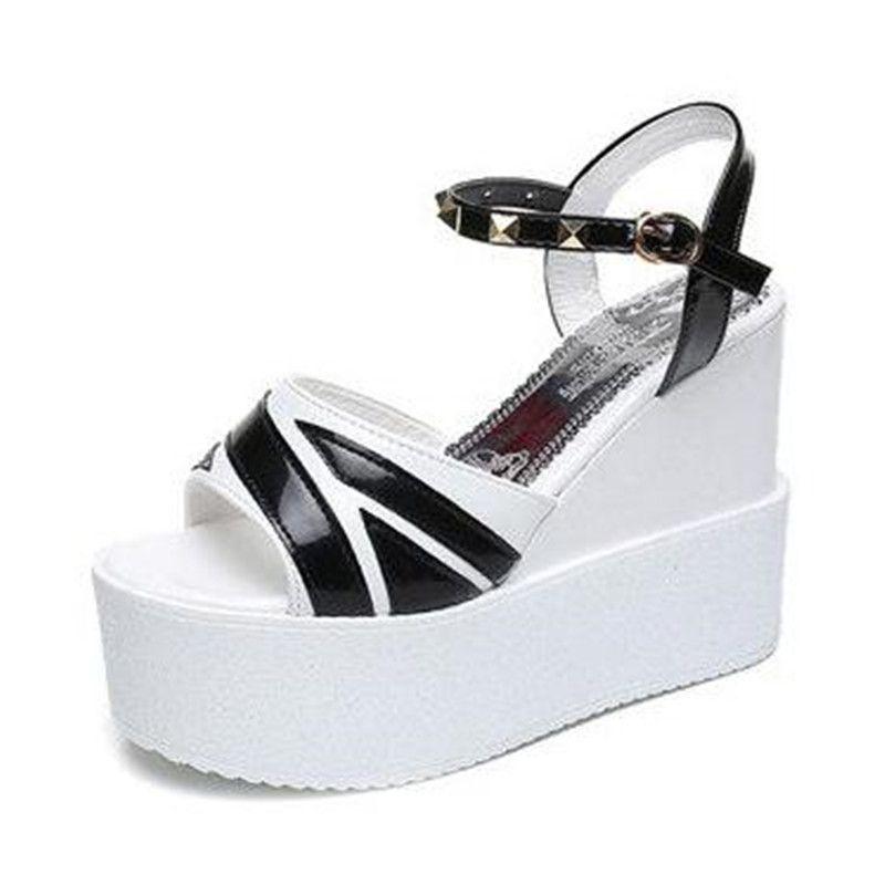 Verano cuña de las mujeres ultra alta de 12 cm Sandalias Mujer Zapatos de las bombas del dedo del pie abierto hueco hacia fuera tamaño de los tacones altos del remache de las mujeres sandalias 35-39