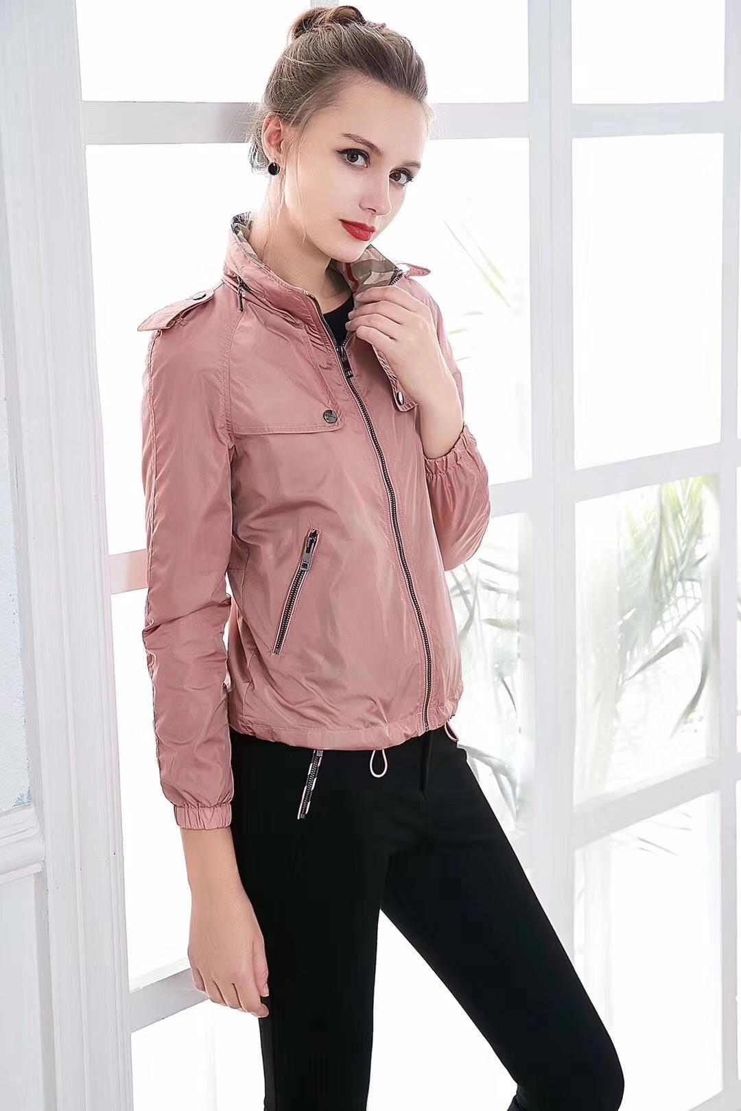 Casacos de outono luz das mulheres curto curto estilo Inglês impermeável cor sólida ocasional magro jaqueta nova Europa e América com capuz 40KHJHGH