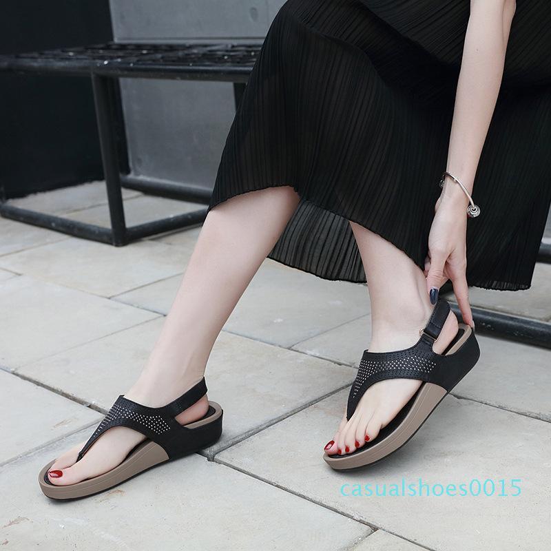 Sapatos de Verão Mulheres Sandals Flip Flops sola grossa senhoras Cunhas Sandals Summer Holiday ocasional Mulher Praia Chinelos YX2281 c15