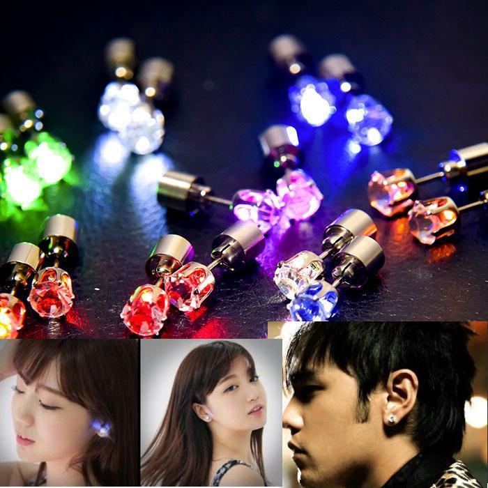 Brincos de diamantes luminosos Nightclub novo casal LED brincos luminosos Europeu e brincos americanos zircônio doce de diamante no atacado