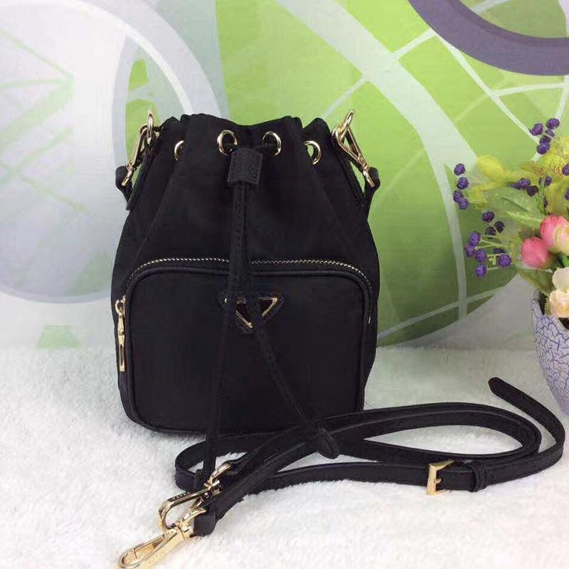 Tasarımcı-2020 Mükemmel Kalite yeni su geçirmez Tuval İpli bayan çapraz çanta telefon çanta moda çantası zincir omuz çantası çanta