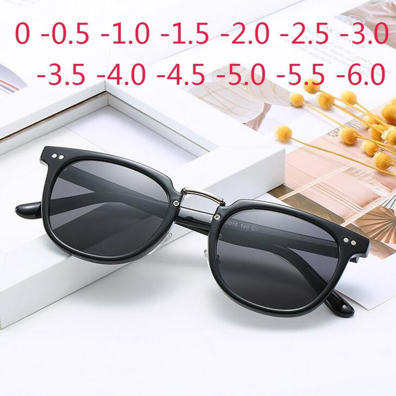 Мужчины солнцезащитные очки Женщины близорукость квадратные заклепки Fraame черные линзы Диоптрийные очки близорукие солнцезащитные очки 0 -0.5 -1.0 -2.0 до -6.0