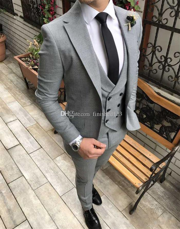 High Quality One Button Hellgrau Hochzeit Männer Anzüge Kerbe Revers Drei Stücke Business-Bräutigam-Smoking (Jacket + Pants + Vest + Tie) W1034