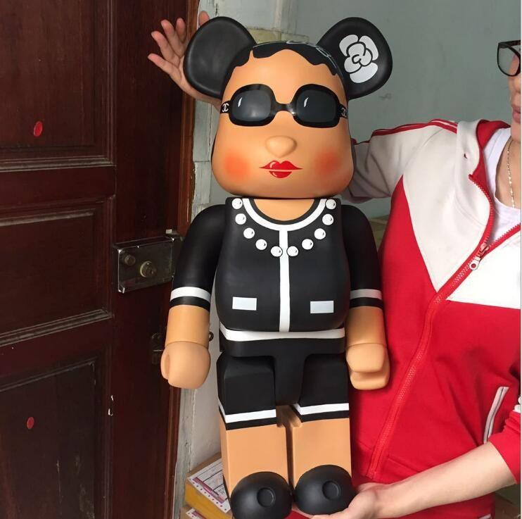 Popular de 1000% 70CM Bearbrick Be @ rbrick Luxo Lady e uma variedade de tipos de CH Art Figura boneca Coleção PVC quarto modelo a decoração do presente crianças
