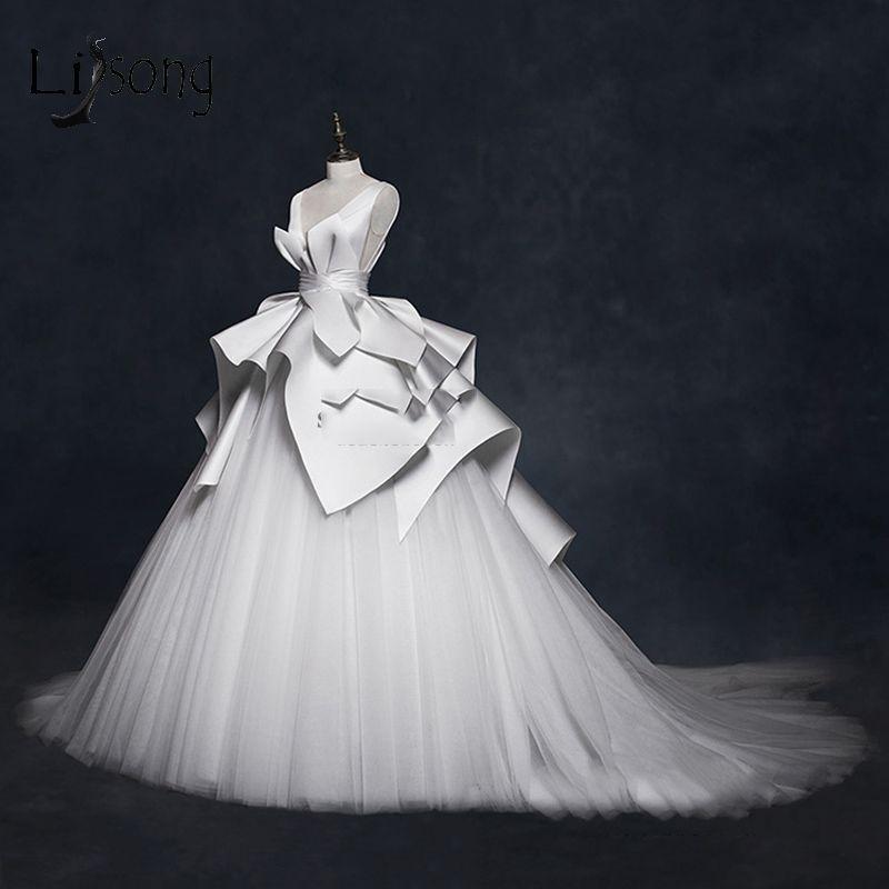 Vintage 2019 Brautkleider Rüschen Geraffte Elegante Brautkleider V-Ausschnitt Backless High End Brautkleider Vestido De Noiva