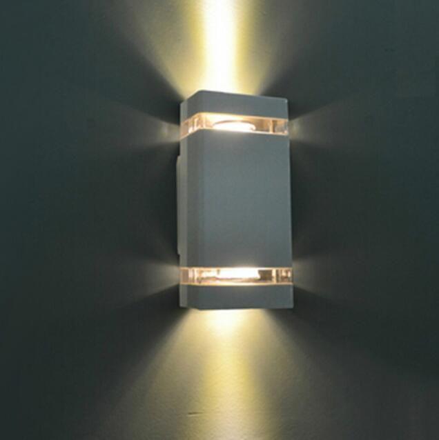 2020 새로운 도착 판매 행 85-265V Abajur Wandlamp의 1PCS는 / 많은 주도 방수 야외 현대 벽 빛 8w AC85-265V IP65 알루미늄 램프를 탑재