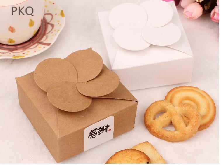 Pastry box cake box biscuit gift 4-leaf clover biscuit packaging brown gift white packaging