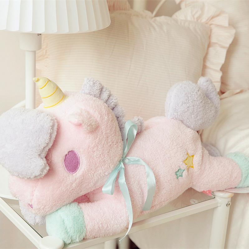 İkizler Peluş doku ev serisi boynuzlu at, tek boynuzlu bebek yastık, araba doku pompalama, doğum günü hediyesi, yılbaşı hediyeleri pompalama