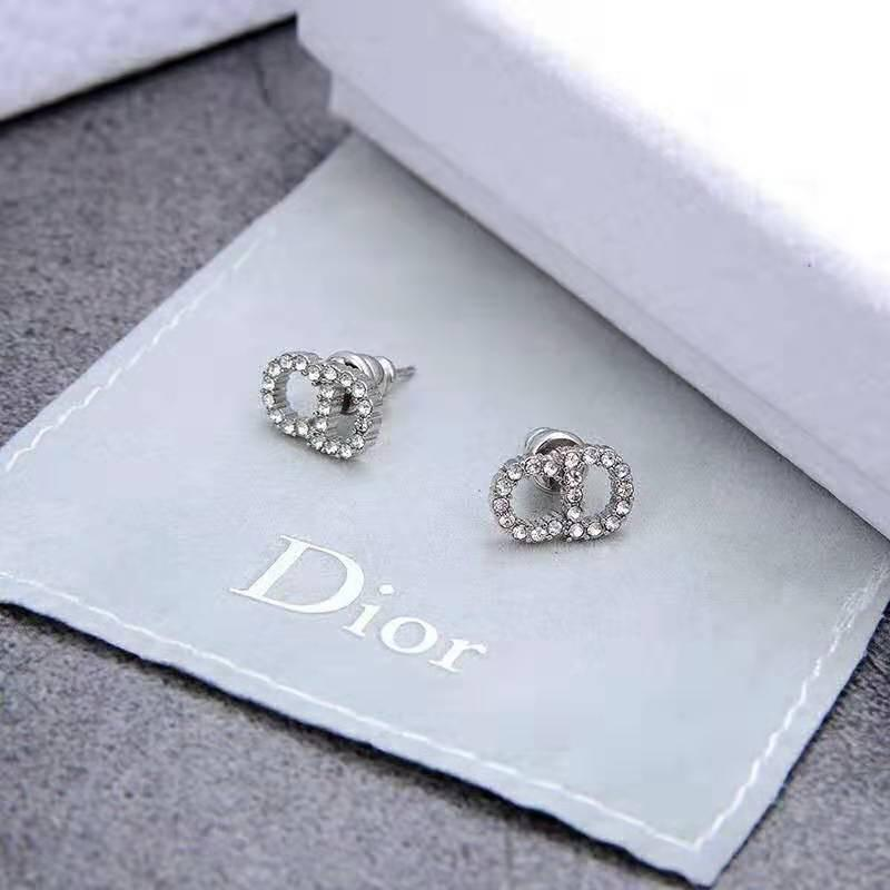 All'ingrosso-di orecchini di lusso sta vendendo lettere classiche pieno di piccolo, delicato, versatile orecchini