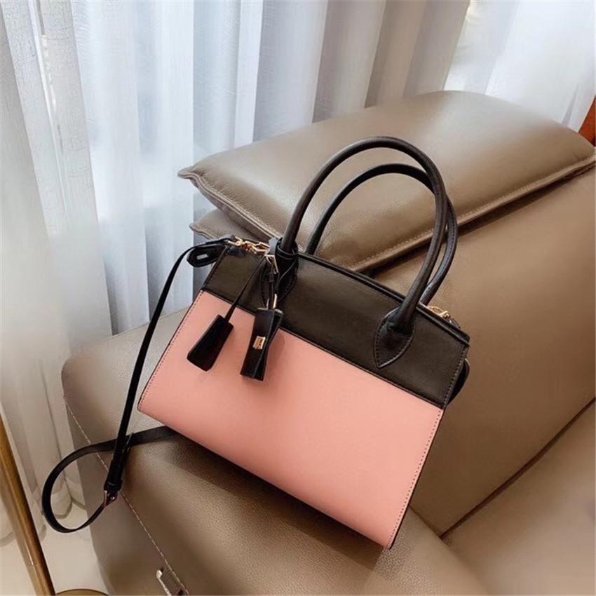 Sac à main de luxe femmes Designer Sac à bandoulière Sacs à main mode haute qualité CFY2003042 /
