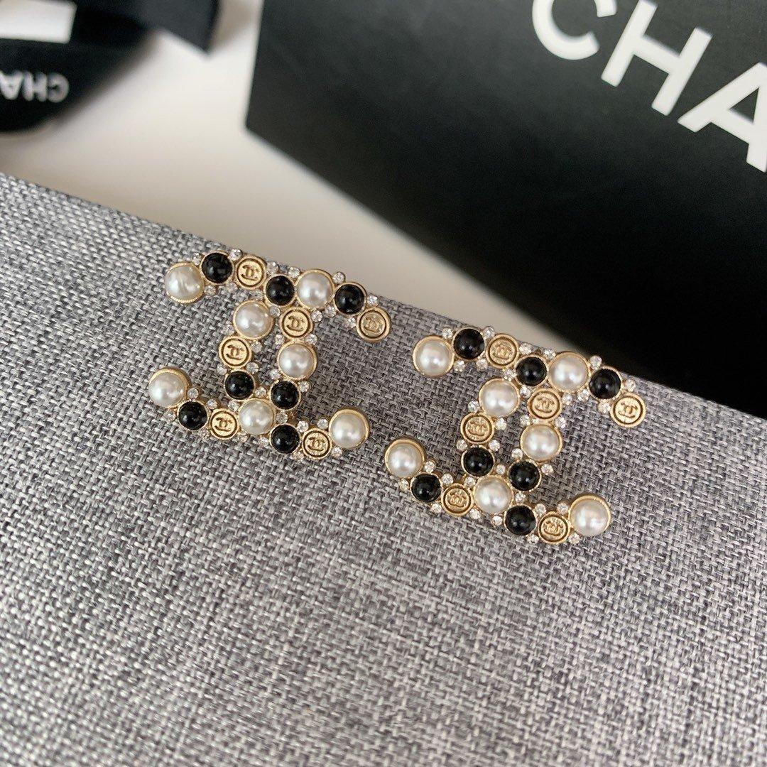 Top granos blancos última joyería pendientes del estilo de estilo retro pendientes de la manera Pendientes de suministro mayorista y Negro