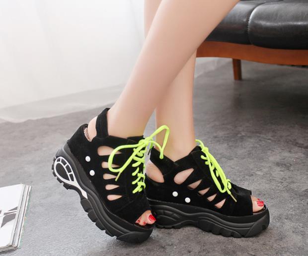 Sandalet 2019 yeni vahşi artış yaz kadın ayakkabıları lise öğrencileri peri yüksek topuklu ins gelgit