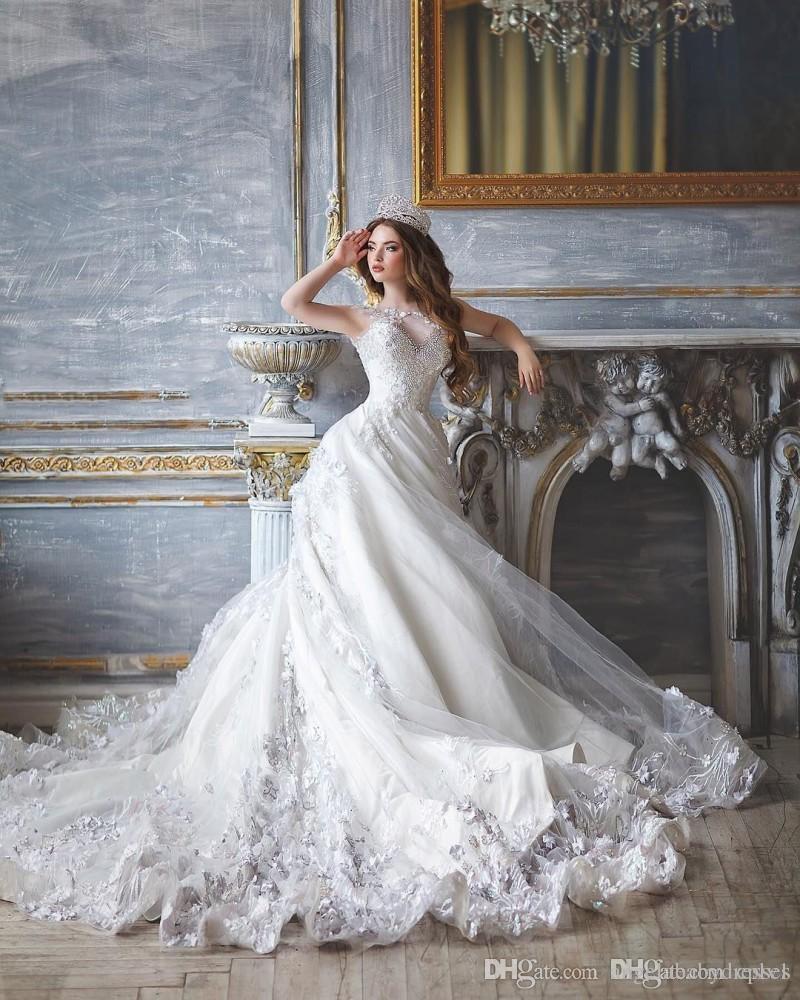 Robes De Mariée En Dentelle De Bal Perlées Appliqued Robes De Mariée Balayage Train Longue Robe Pour La Mariée WA023