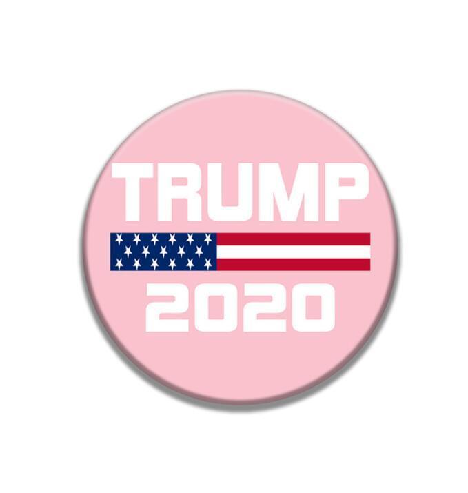 Дональд Трамп Брошь Pins 2020 Президент Америка Выборы Жетоны Металла повязка Круглых брошей для пальто украшения благосклонности партии нового GGA3450