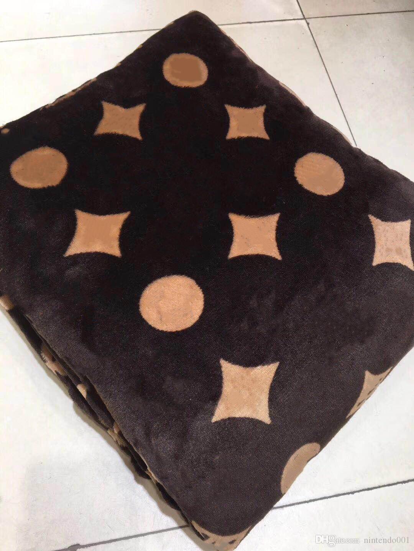 Cadeau de Noël! 5 Styles Throw Toison Rouge Doux Noir Blanc Couverture 150x200cm C de style S pour Office Accueil Voyage Nap Sommeil Couverture