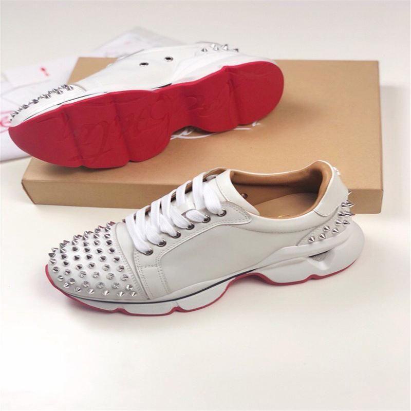 2020 neue Neueste Red Männer und beiläufige Schuh-Retro Vati Schuhe Kristall verzierten Sneakers Schwarz-weißes Leder-Veloursleder-Plattform Frauen 898