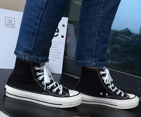 2020 Drop Shipping Nova marca Unisex Low-Top alta-Top de mulheres adultas sapatas de lona dos homens amarrado calçados casuais da sapatilha sapatos sapato