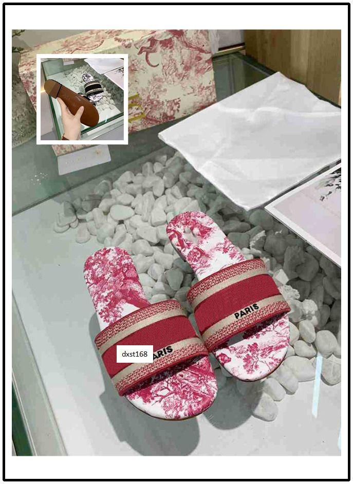 HOT VENDA NOVA Trendy Bohemia Mulheres Chinelos Carta Bordado Senhora Sandália Designer Casual Slipper