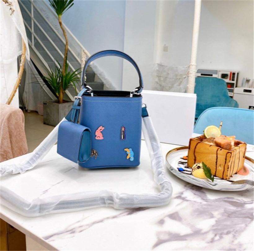 2002 горячие женщины маленькая сумка ведро мода пряжка ремень Посланник дизайнер сумка CFY20050710