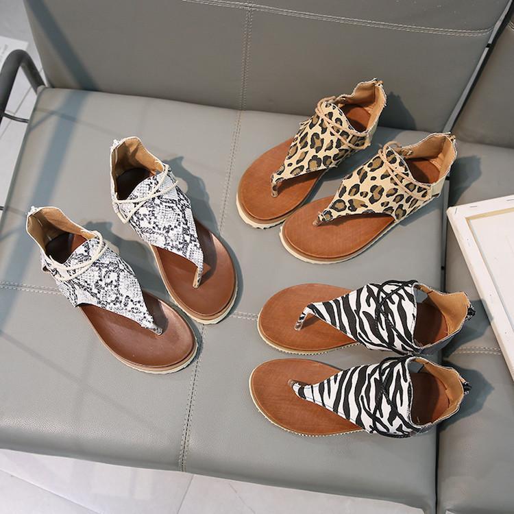 Mujeres de lujo Diseñador diapositivas zapatilla Sandalias clásicas Sexy Girl Leopard Zebra Snake Skin Chanclas Luxury Beach Party Dress Shoes