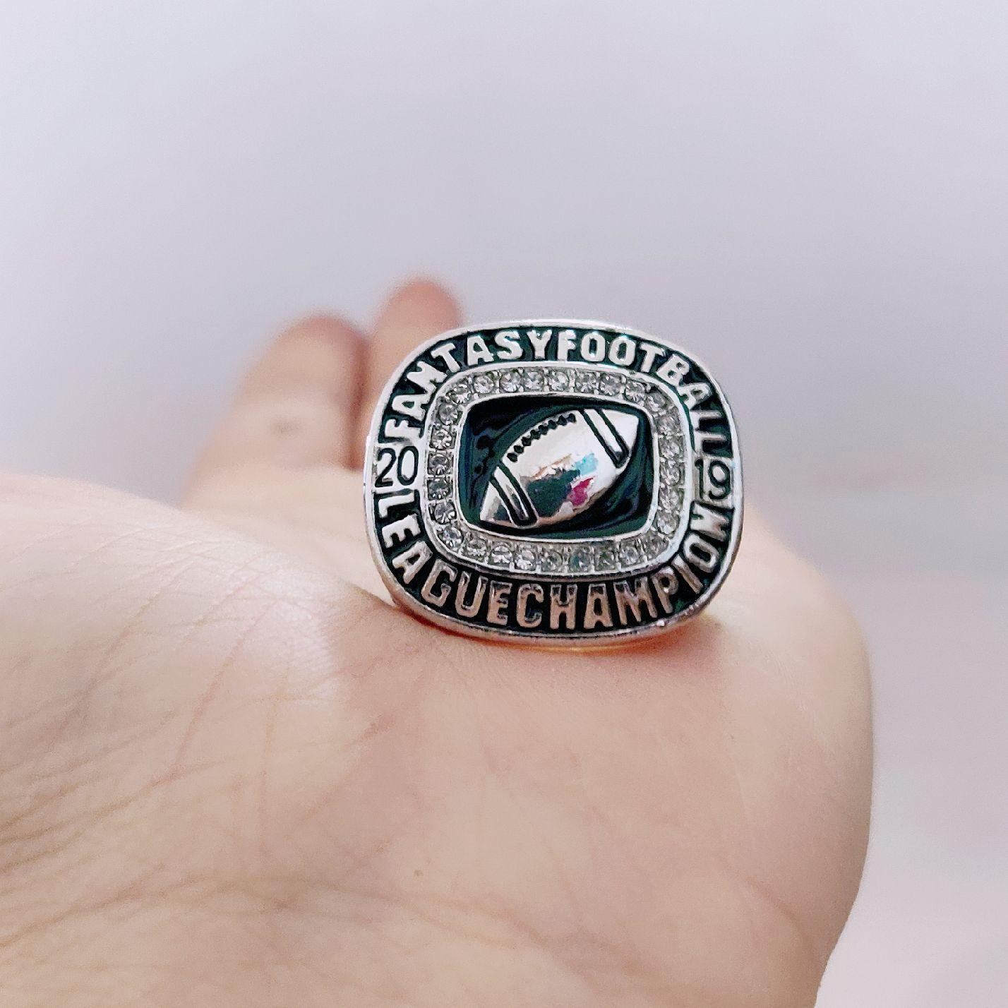 2018 2019 Fantasy League Football FFL Championship Ring Men Fan Souvenir Gift Drop Shipping all'ingrosso