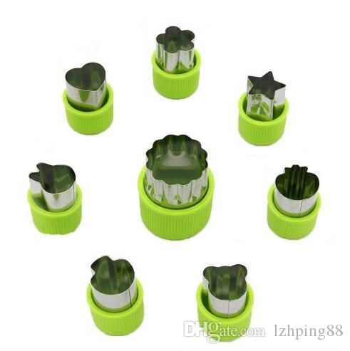 8Pcs/Lot Kitchen Cooking Baking Tools Cute Funny Mini Biscuit Cookie Cutters Set Fruit Vegetable Slicer Cutters Moulds for Child