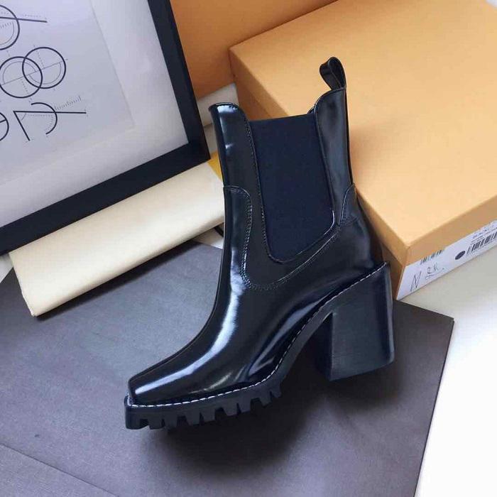 Hot Sale-Designer Frauen Booties europäische und amerikanische Marke Damenstiefel Persönlichkeit Qualitätsdame Ankle-Boot Designer Damenstiefel