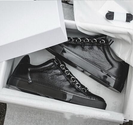 Baixo quente New Designer Marca Man calçados casuais Plano Kanye West Moda enrugada Couro Lace-up Cut Trainers fugitivo Arena Shoes Tamanho 46