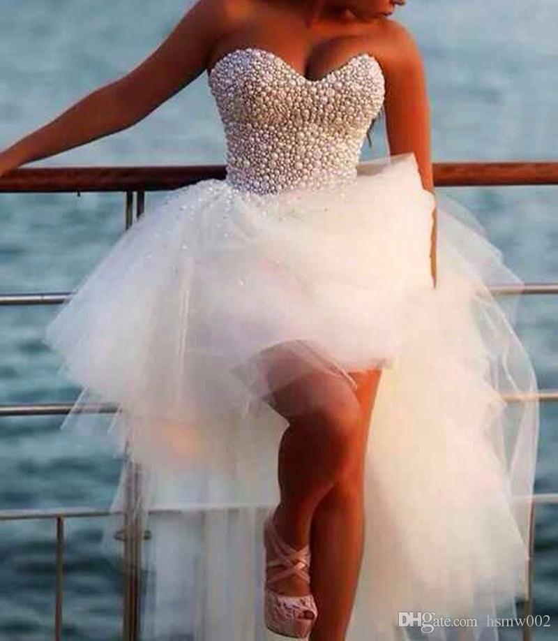 Vestido 드 Noiva 섹시한 진주 구슬 신부 가운의 연인 흰색 얇은 명주 그물 고 / 저 스타일 웨딩 파티 드레스 로브 드 Mariee 탑