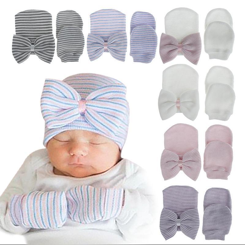 10 الألوان قفازات الوليد قبعة الشتاء القوس مجموعة القبعة والقفازات مجموعات الرضع مخطط BOWKNOT الحياكة قبعات الطفل بنات بنين أدفأ كاب M2476