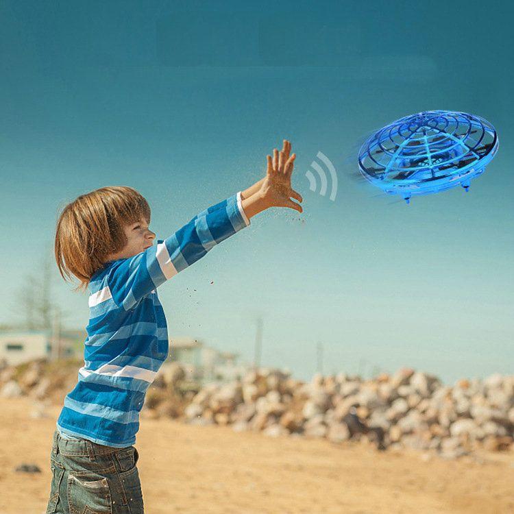 Varejo UFO Flying Spinner Top Parent Parent Interaction Children Toy Intensivo Indução Indução Aeronaves Suspensão Rotação de Suspensão