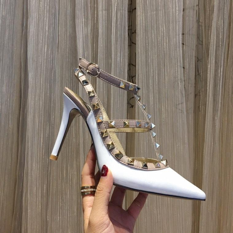 Valentino shoes Gri Mavi Süet Gerçek Deri Sneakers Ayakkabı Yüksek Top Ünlü Markaları Kırmızı Alt Sneaker Ayakkabı Erkekler Kadınlar Nedensel Parti Elbise Düğün