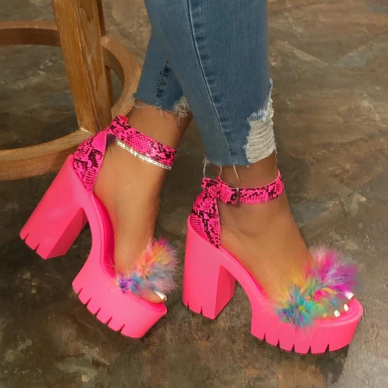 2020 d'été fond épais plate-forme Sandales de femme épais avec des sandales Compensées Chaussures Femme Femme de talons hauts dames MX200620