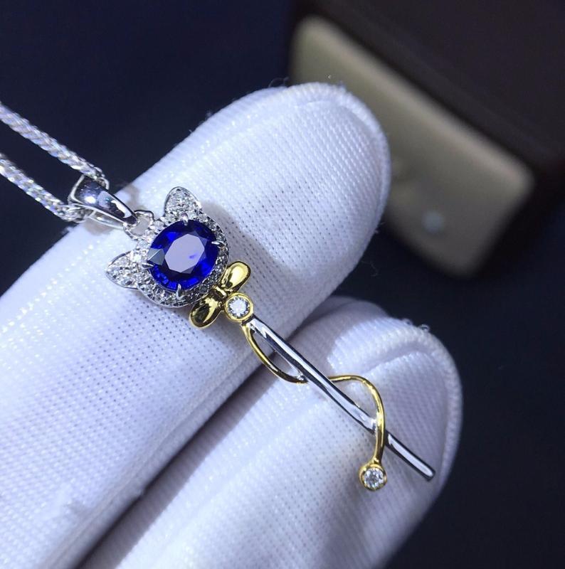 غرامة مجوهرات مخصصة الحجم ريال 18K الذهب الأبيض AU750 100٪ الطبيعية الياقوت الأزرق الأحجار الكريمة المعلقات قلادة للمرأة الجميلة