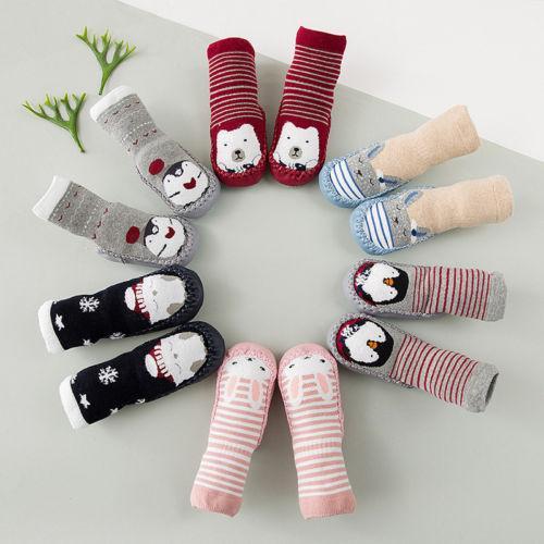 2019 Nouveau-né bébé Première Walkers douce Sole Chaussures Crib coton anti-dérapant Sneaker Prewalker Cartoon coton Chaussette de chaussures 0-18m