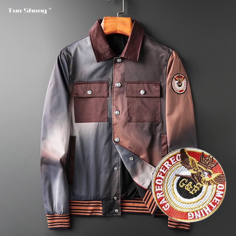 Wear Oupin Luz Jacket luxo Homens de extensão bordado Masculino Aberdeen Capítulo Camouflage Tide Marca Man Explosão Jacket Jacket Brasão solto