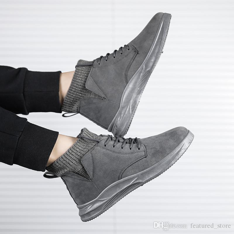 2020 El nuevo diseñador de la nieve del invierno botas de los hombres de las mujeres altas clásicas de alta para el invierno negro tamaño blanco gris de la manera al por mayor de las zapatillas de deporte 39-44